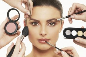 11 Produk make up brand lokal untuk tampil cantik pada akhir bulan