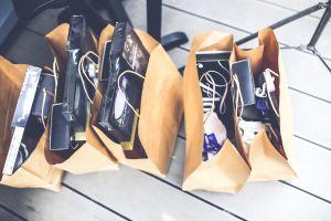 Tantangan generasi milenial di tengah jeratan konsumerisme