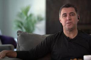 Hakan Sukur, legenda sepak bola Turki yang kini jadi sopir taksi di AS