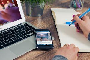 Menulis itu mudah lho, ini 5 tips yang bisa membantumu
