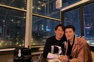 Bagai kakak beradik, ini 4 momen kedekatan Yoo Yeon-seok & Oh Sehun