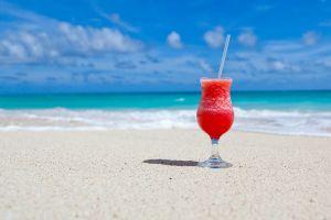 4 Cara untuk tetap santai saat liburan meski sedang diet