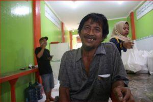 Cerita haru 7 pekerja harian di tengah pandemi Corona