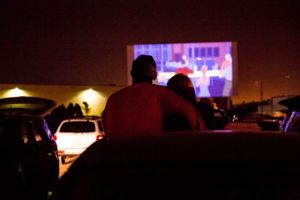 Drive-in movie theater, pilihan pengganti bioskop di masa pandemi
