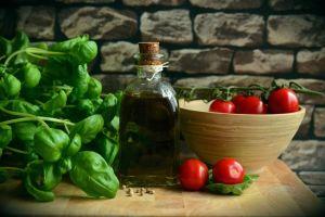 10 Makanan antipenuaan ini membantumu tetap terlihat awet muda