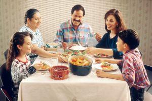 4 Tips alternatif agar Lebaran di rumah tetap asyik