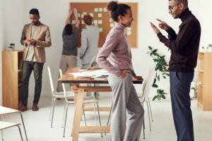 Lakukan 5 cara ini untuk menjadi seorang pendengar yang baik