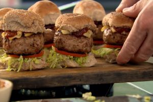 Resep burger mini rumahan ala Chef Gordon Ramsey