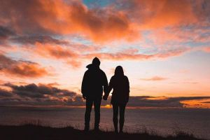 4 Alasan pasanganmu tetap setia meski menghadapi banyak cobaan