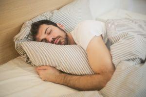 5 Kebiasaan yang dilakukan Rasulullah sebelum tidur menurut hadis
