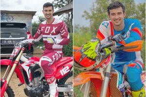 7 Potret macho Ali Syakieb saat berpose dengan motor trail, keren abis