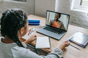 Kualitas pendidikan anak bangsa saat pembelajaran daring