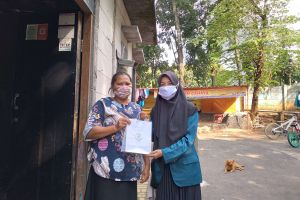 'GEMAS MERONA': Edukasi pakai masker ala mahasiswa KKN UNDIP