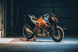 5 Hyperbike produksi massal bermesin buas, diminati pencinta kecepatan