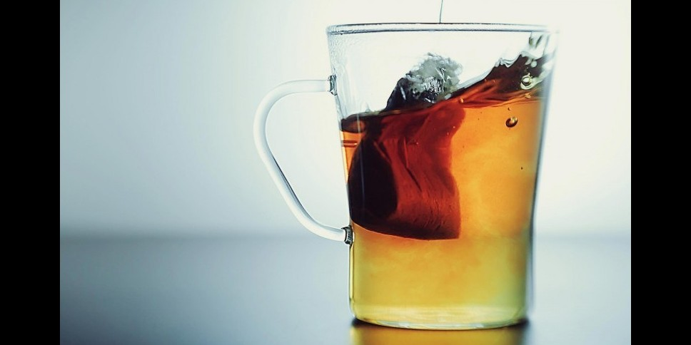 Jangan buang bekas teh celup, ini 5 manfaatnya bagi kesehatan