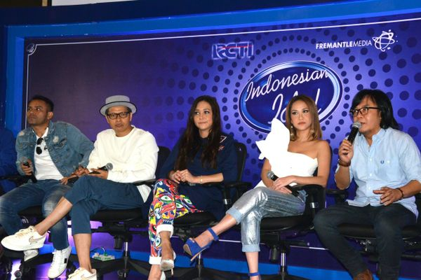 4 Peserta audisi Indonesian Idol ini dapat tiket titanium, keren abis
