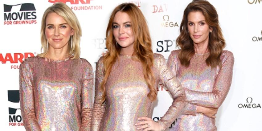 12 Potret seleb cantik pakai model baju sama, siapa yang lebih keren?