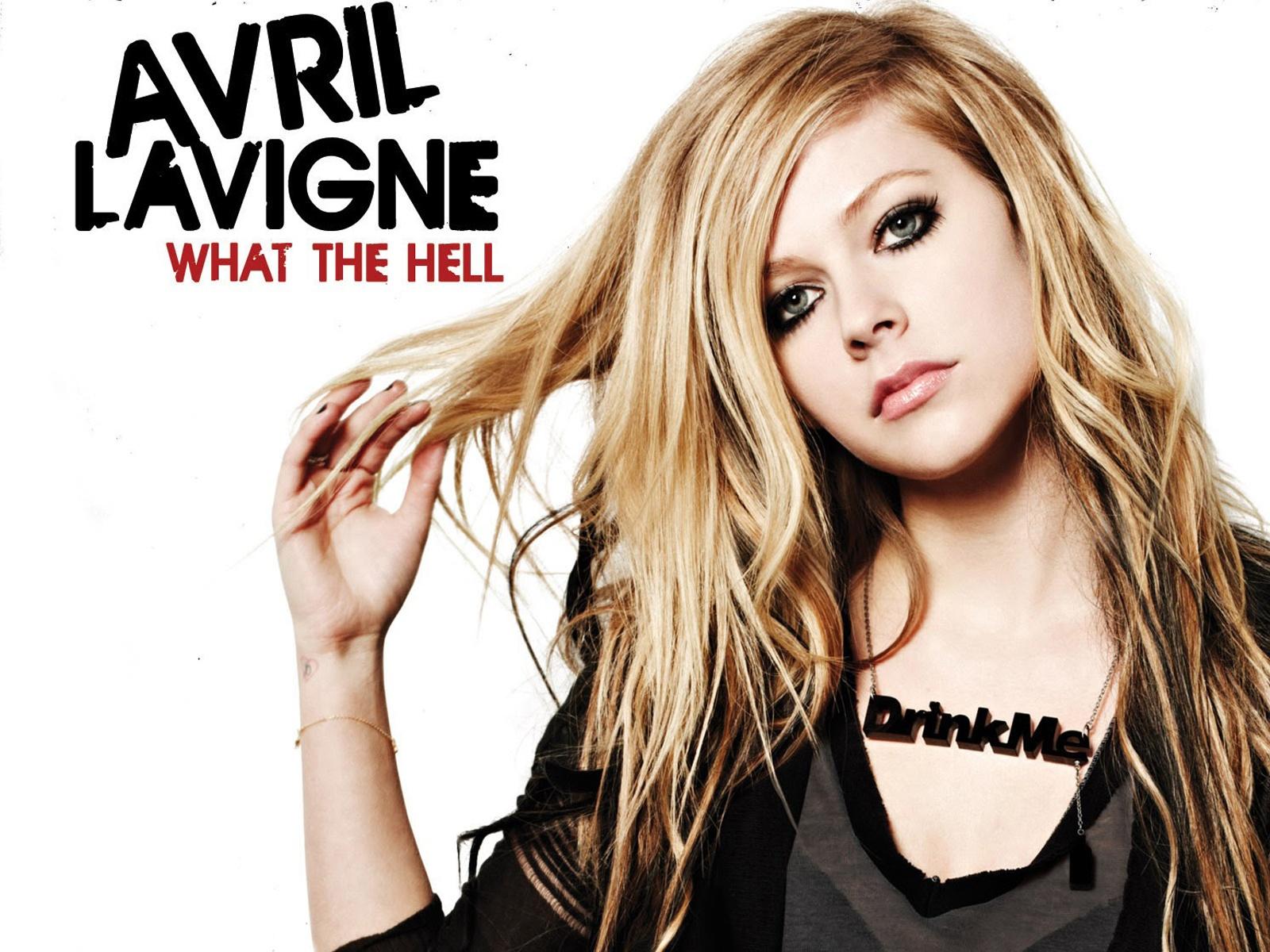 Avril lavigne у рояля скачать