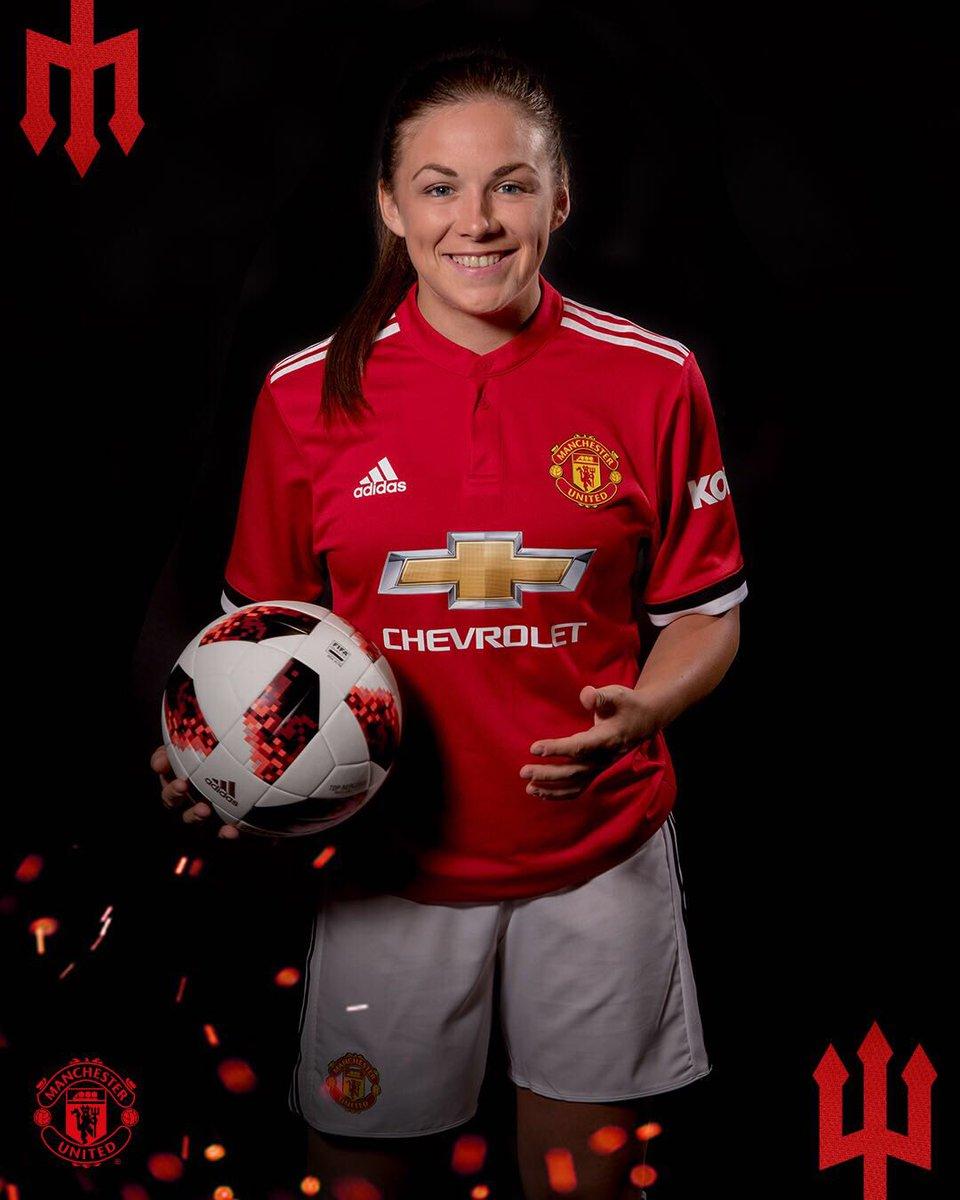 Fans Manchester United Ingin Pemain Wanita Ini Gantikan