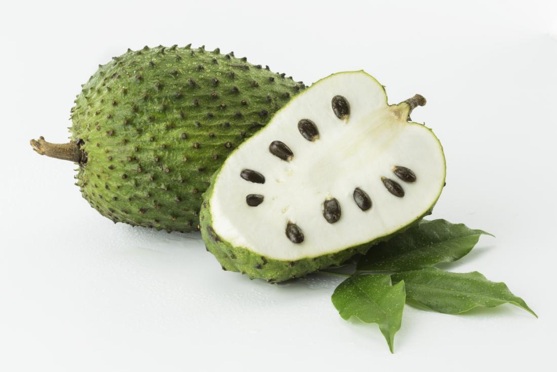 Khasiat di balik asam manis buah sirsak, bisa anti kanker