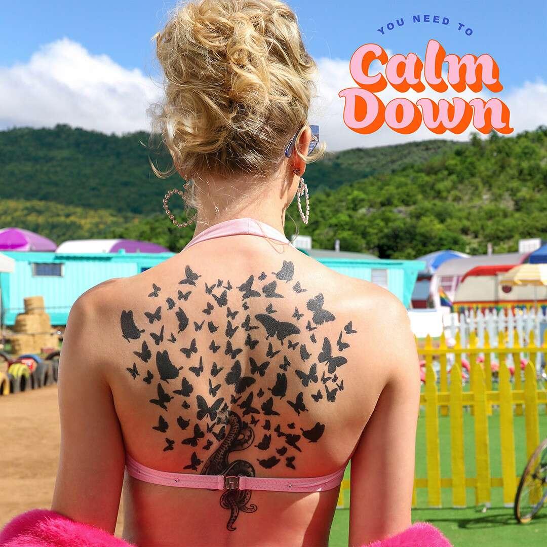 Taylor Swift kembali hadir dengan lagu nyentrik