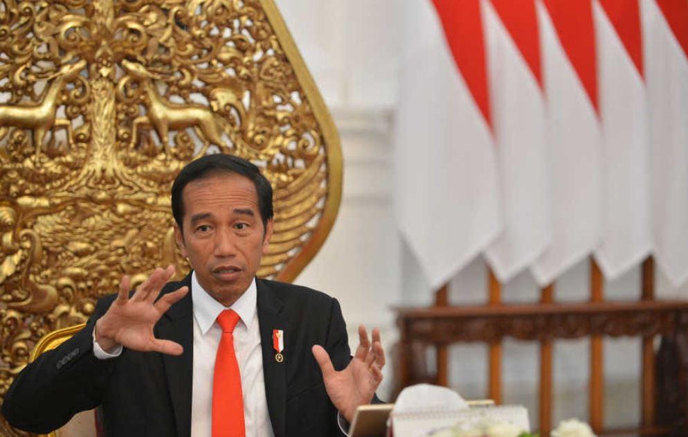 Ulang tahun ke-58, ini 5 potret masa muda Jokowi sebagai Mapala