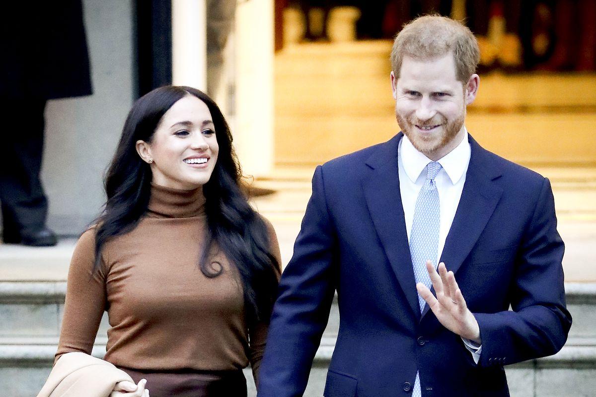 Harry rela mundur dari kerajaan agar nasib Meghan tak seperti sang ibu