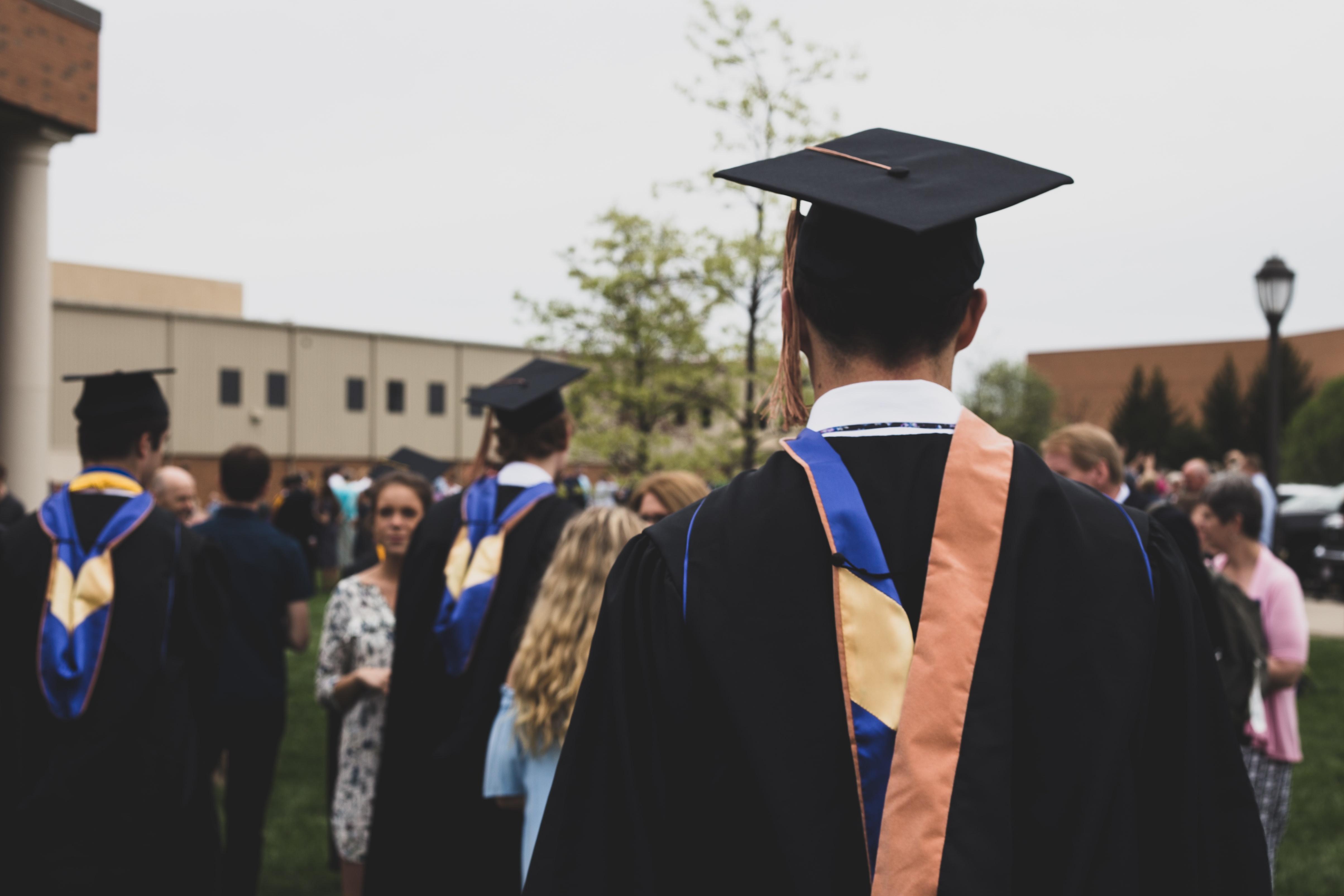 Kamu fresh graduate? Ikuti 6 saran ini agar cepat mendapat pekerjaan