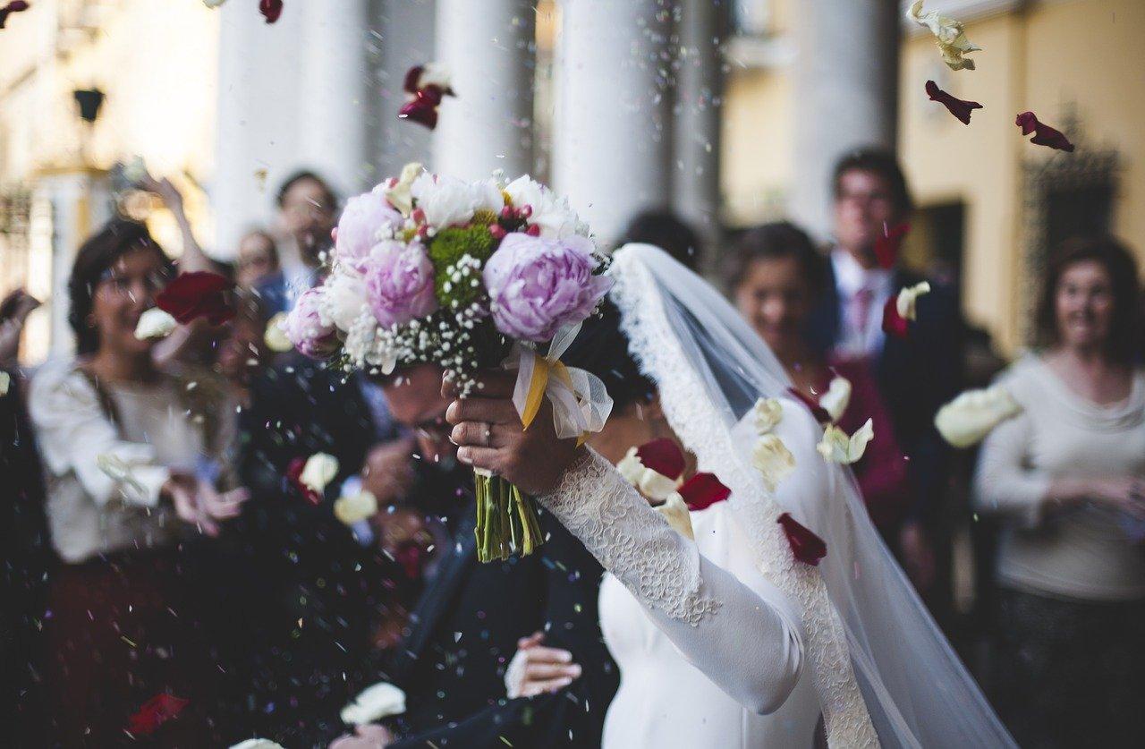 5 Tips menggelar pernikahan yang berkesan dan hemat biaya