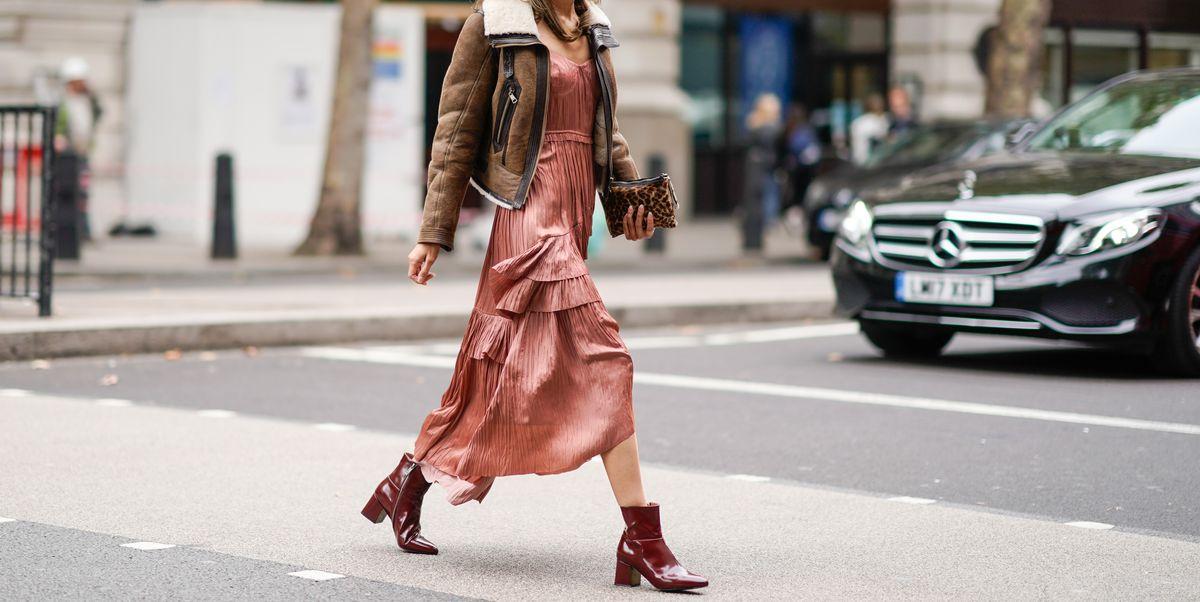 4 Tips padu padan pakaian girly dengan sepatu maskulin