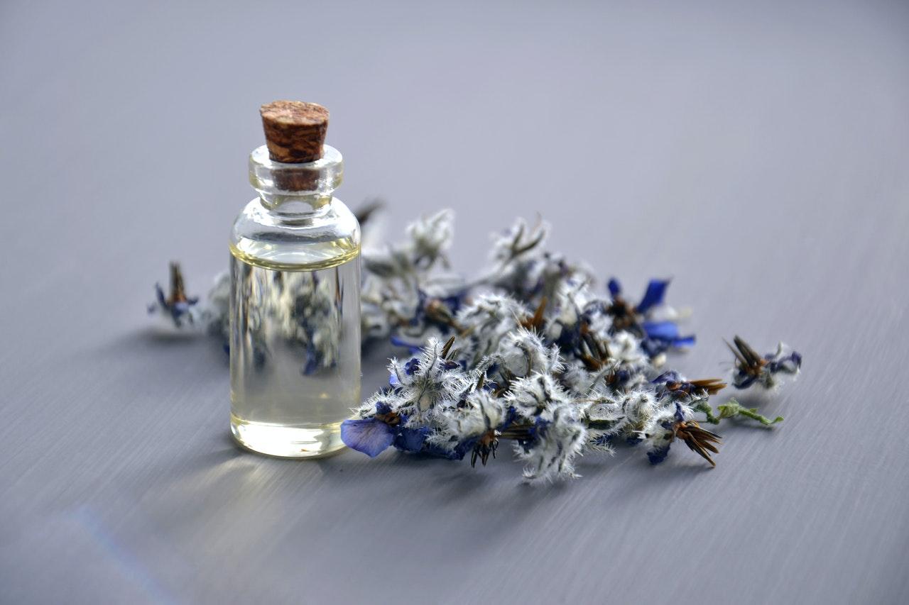 Wangi dan sehat, ini 6 manfaat aromaterapi untuk tubuh
