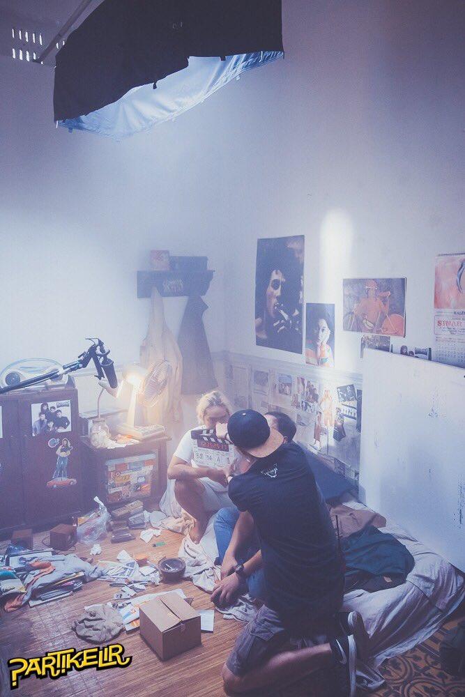 Pandji mendapat banyak pengalaman di film 'PARTIKELIR' (credit : cdn.brilio.net)