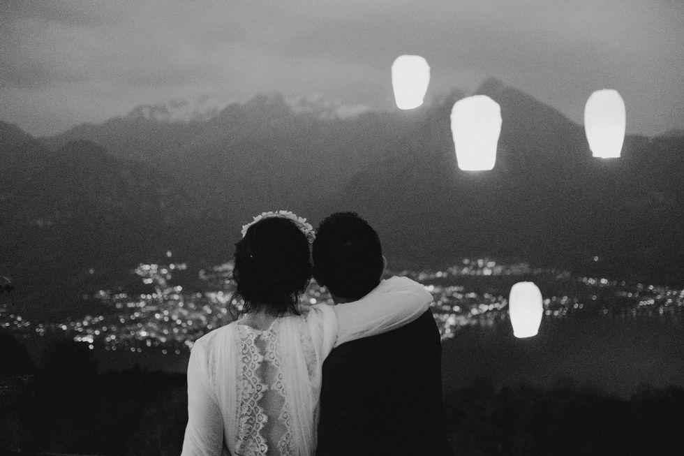 10 Foto prewedding terindah yang bisa kamu tiru
