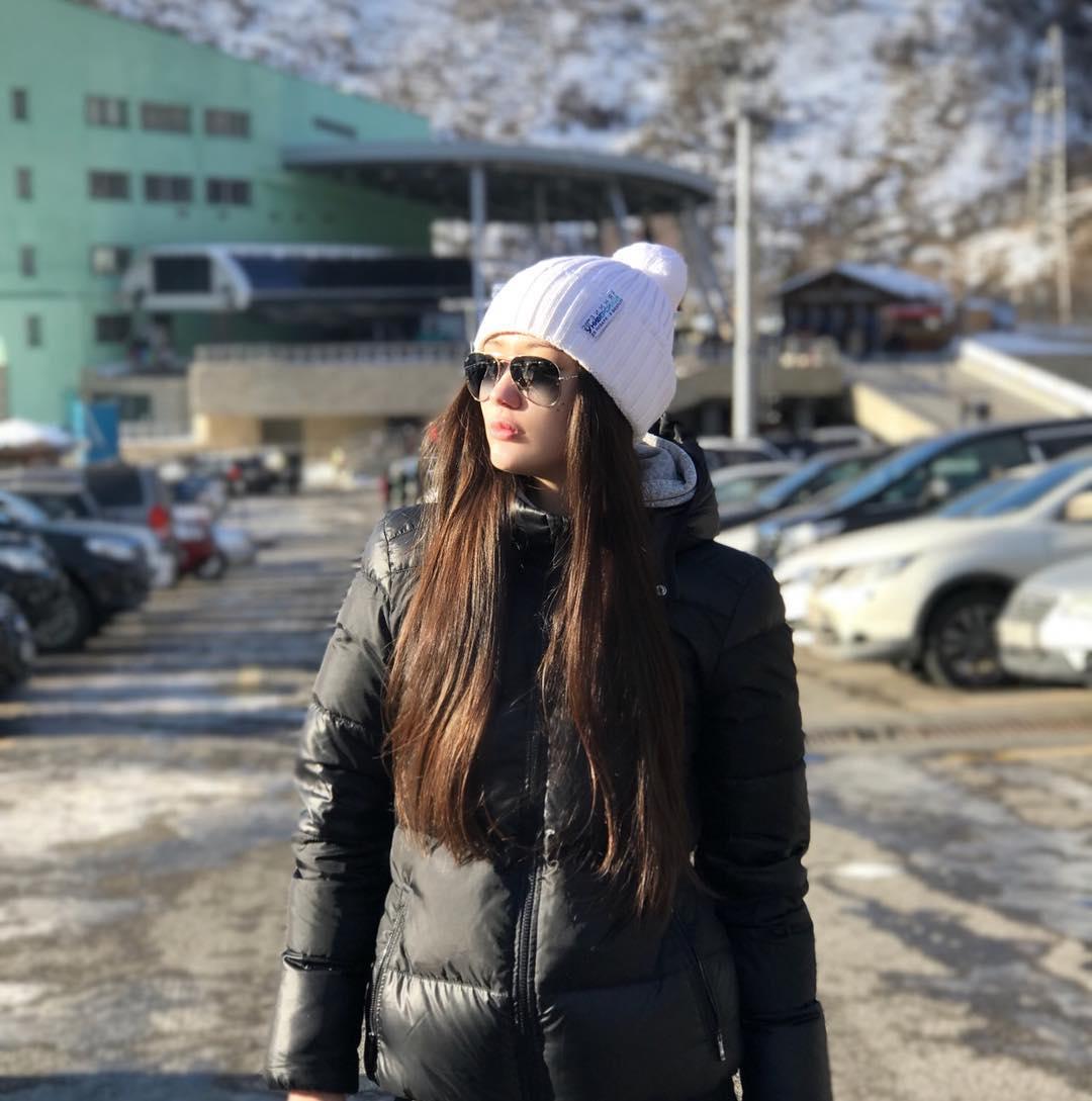 15 Potret terkini atlet voli cantik Sabina Altynbekova