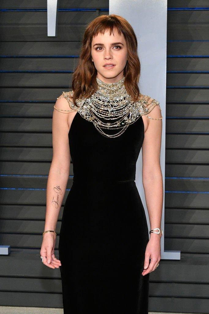 Tak cuma Emma Watson, 6 tato ini juga dijamin bikin kamu bingung