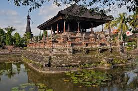 7 Tempat Wisata Eksotis Di Bali Timur Yang Tak Kalah Menawan