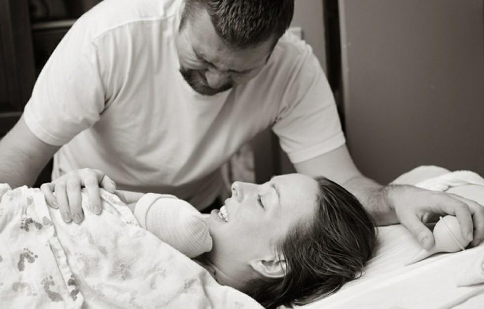 17 Momen haru ayah pertama kali bertemu bayinya yang baru lahir
