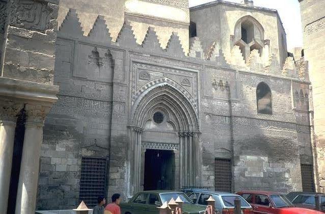 Berkelana ke Kairo yang bersejarah melalui 6 tempat di Al Moez Street
