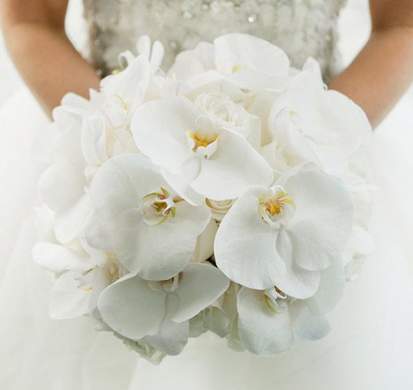 5 Rangkaian bunga pernikahan ini eksotis abis, gak akan terlupakan