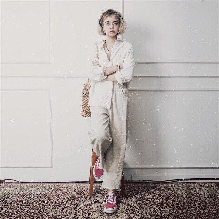 Intip yuk 10 gaya swag Evita Nuh, blogger muda yang mendunia