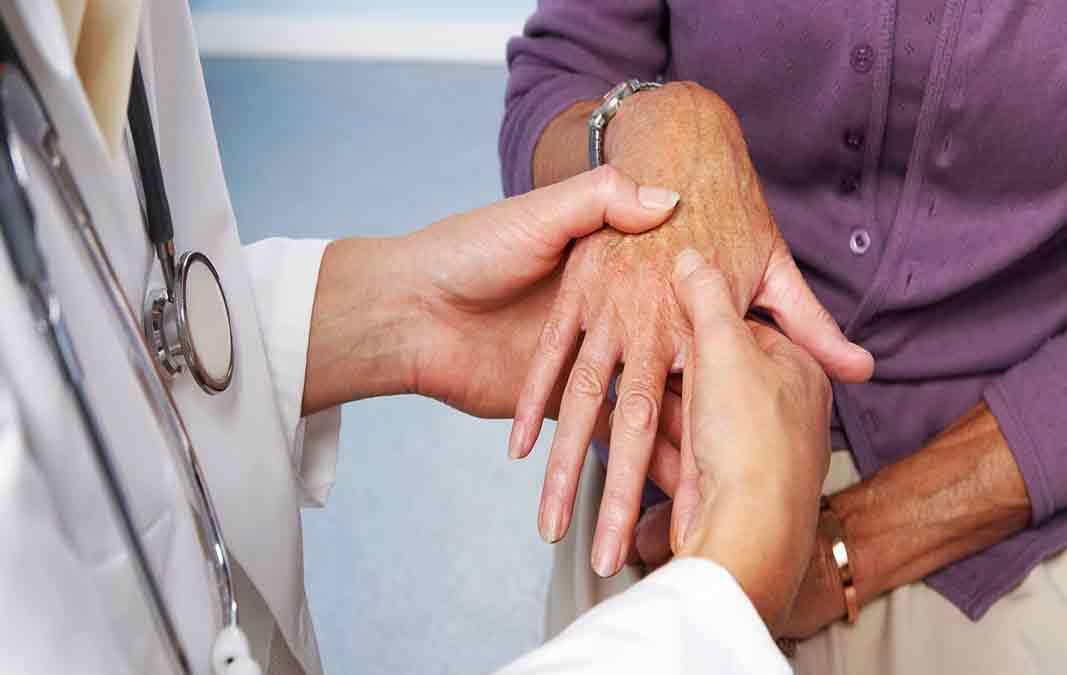 Terkesan sepele, 3 tips ini ampuh untuk menghindari penyakit rematik