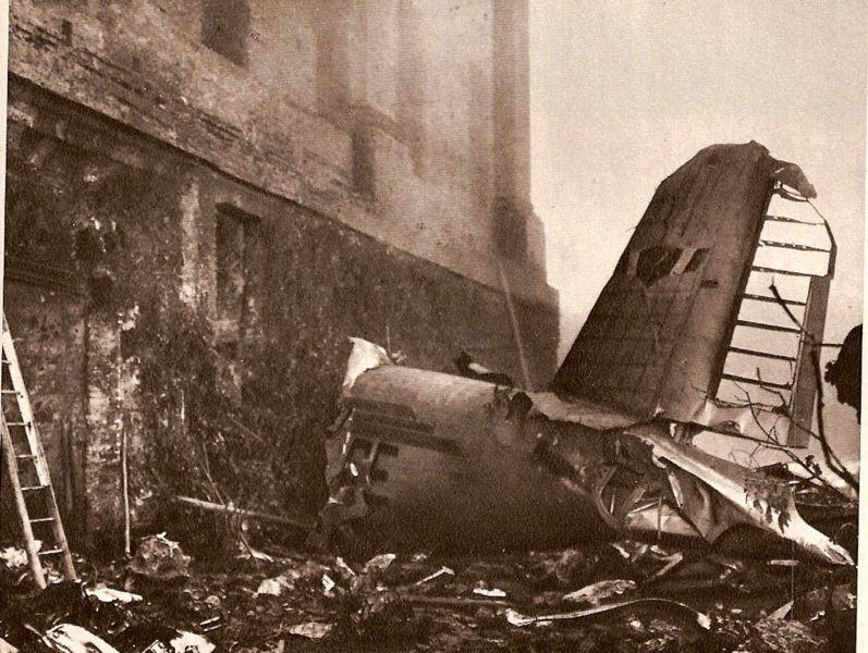 www.documentingreality.com/forum/f237/superga-air-disaster-entire-torino-football-team-killed-1949-italy-133559/