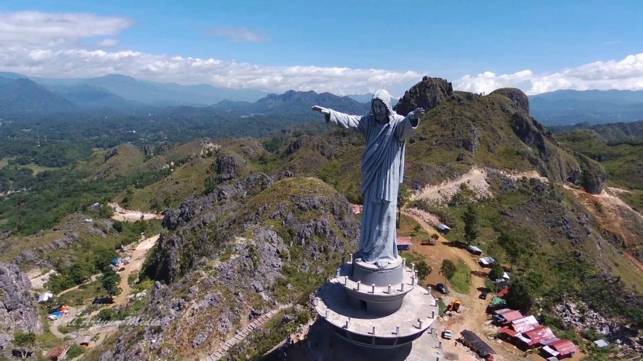 Patung Yesus Manado