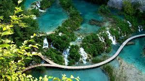 10 Destinasi wisata dunia ini keindahannya bikin takjub
