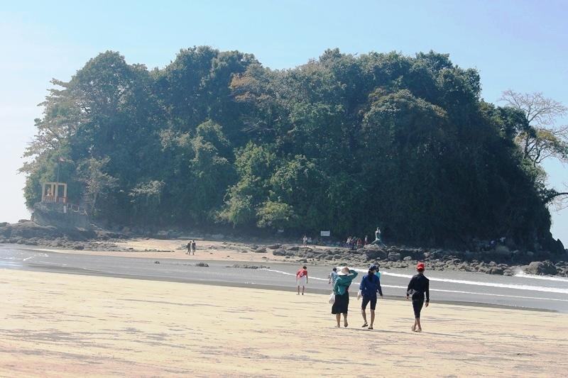 Menikmati keindahan Pantai Ngwe Saung, Myanmar
