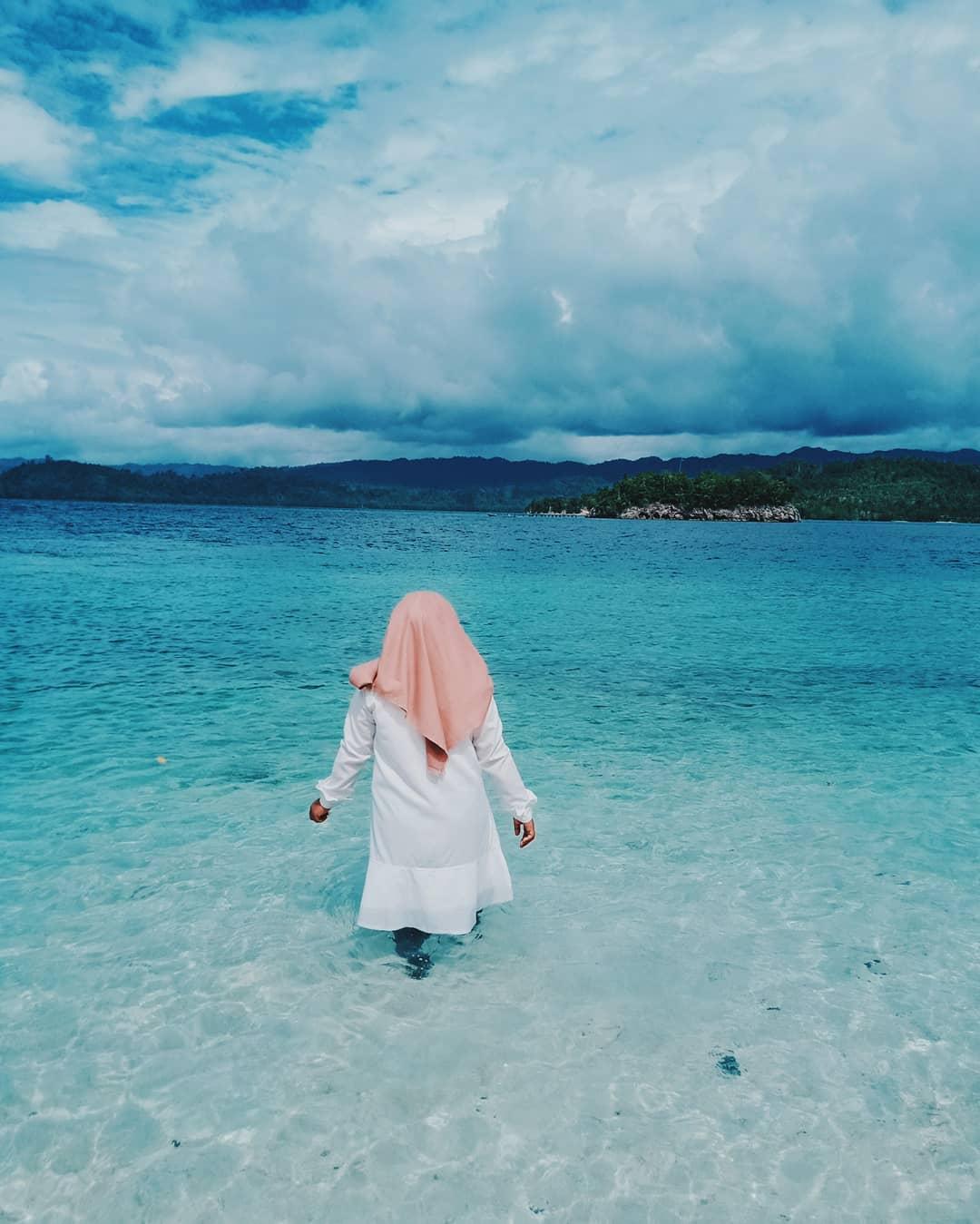 Laut dan pantai pulau pogo pogo