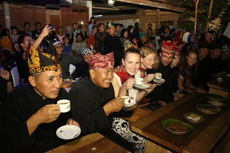 Festival Ngopi Sepuluh Ewu Desa Kemiren