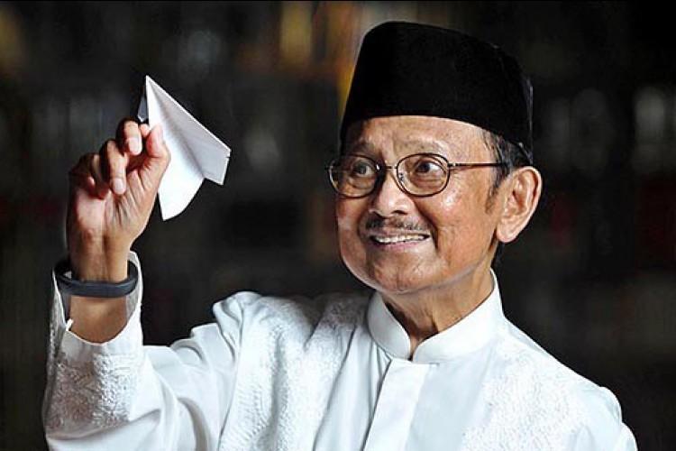 Prof. Dr. Ing. H. Bacharuddin Jusuf Habibie, FREng
