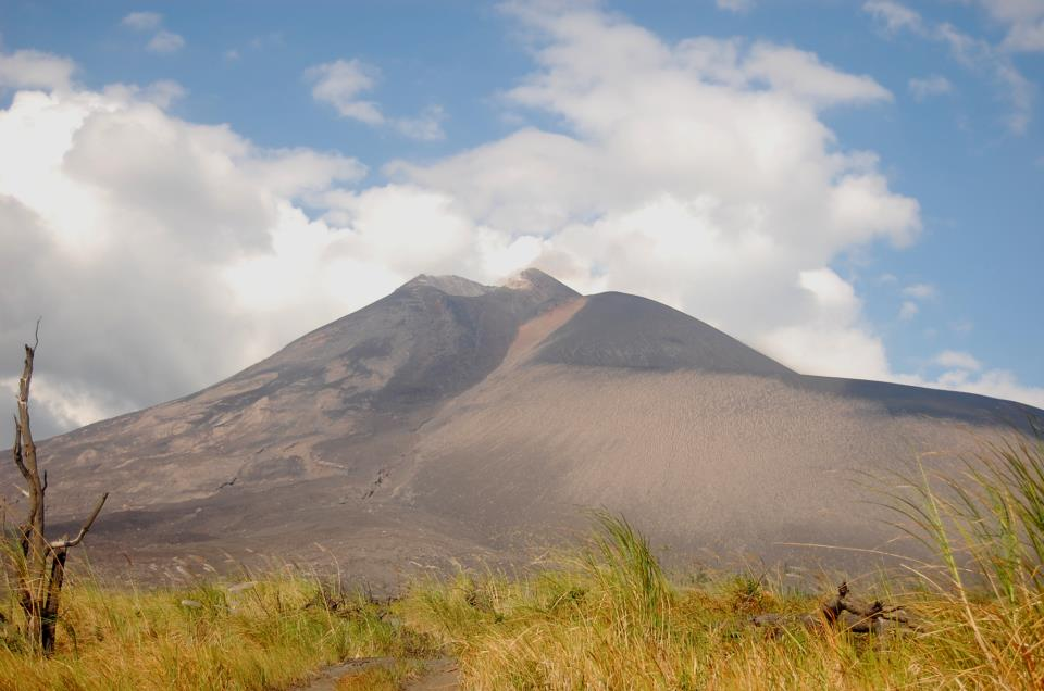 Ini berada di kawasan kaki gunung dan berada di ketinggian sekitar 300 meter.