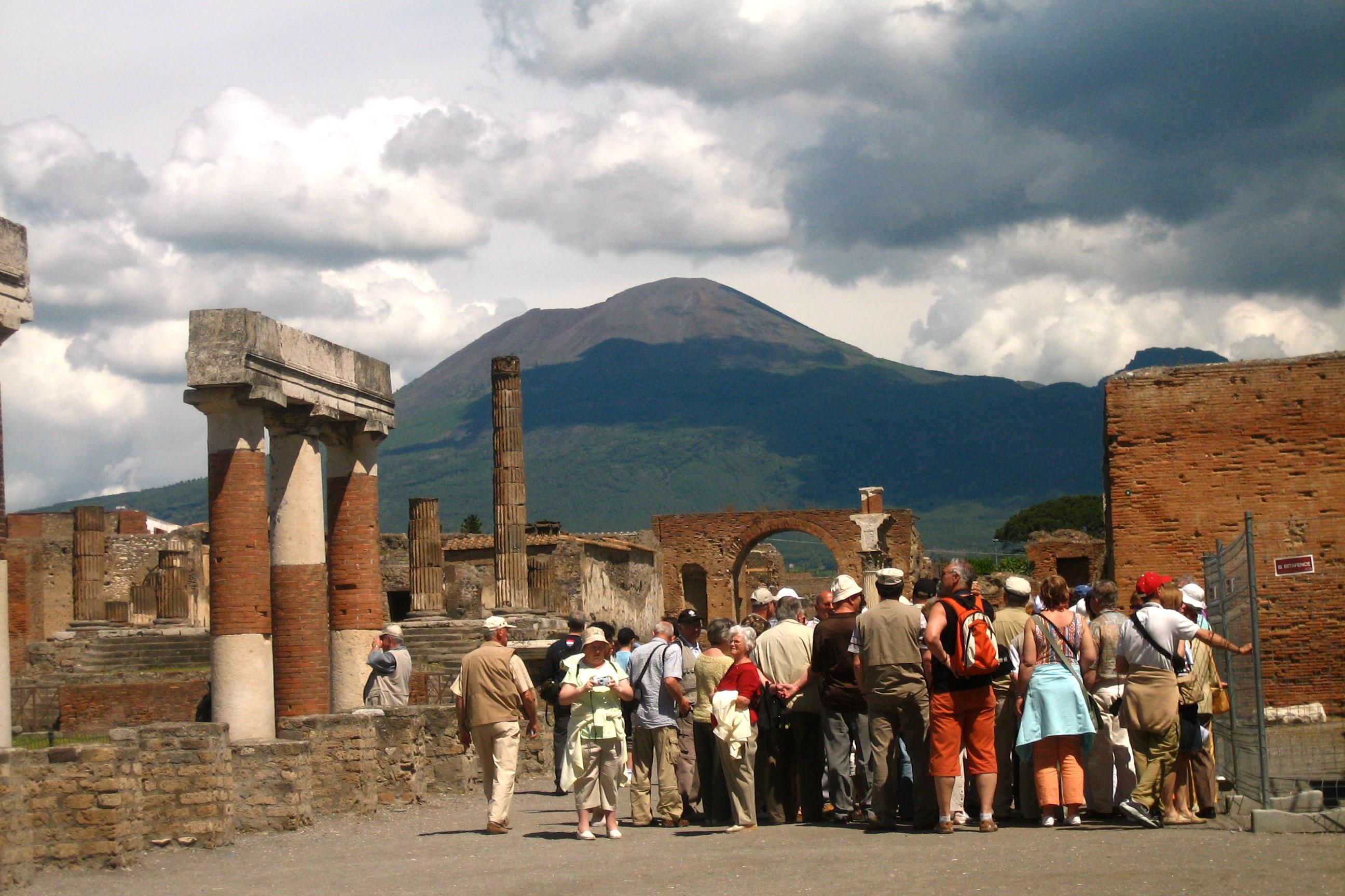 Pompeii Masa Kini